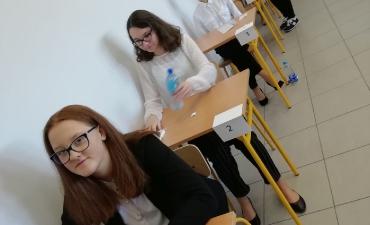2019_04_egzamin_8_12
