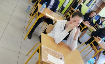 2019_04_egzamin_8_14